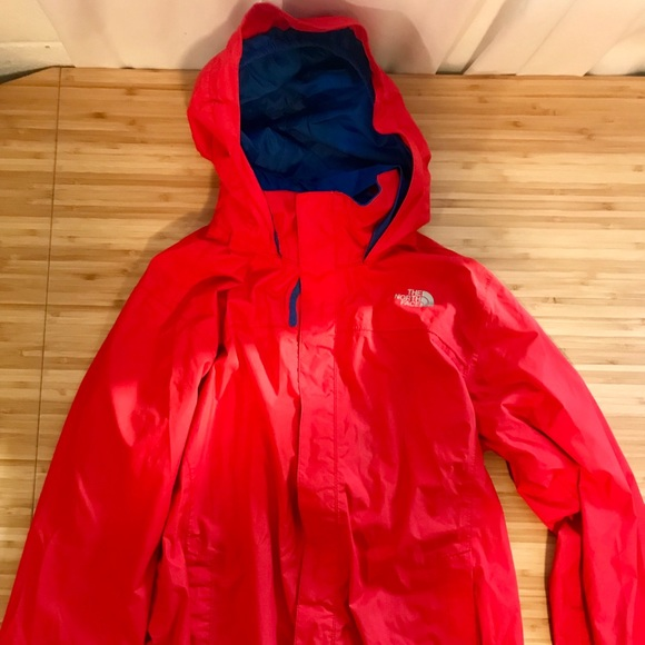 6f796c5d5 Boys North Face Resolve Reflective Hoodie